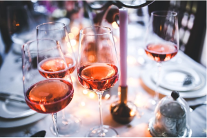 https://pixabay.com/en/wine-rose-glass-glasses-pink-791133/